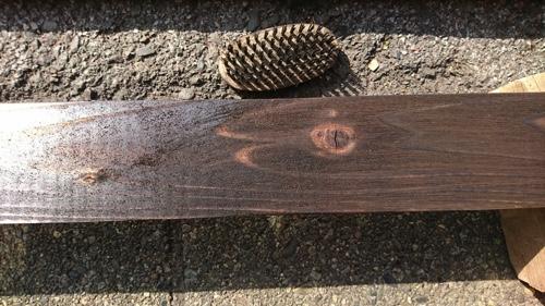 【東京都大田区】植木屋の焼き杉による木製フェンス設置、磨く